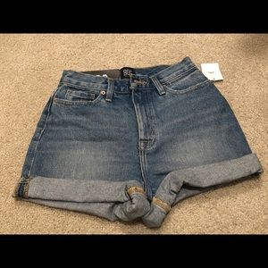 NWT Urban Outfitters BDG High-rise Mom Shorts